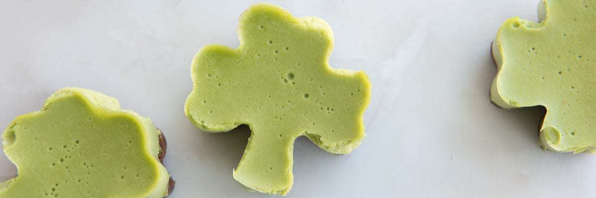 No-bake Shamrock Mini Cakes